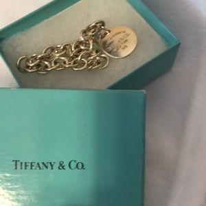 392515996 Tiffany please return to Tiffany silver bracelet